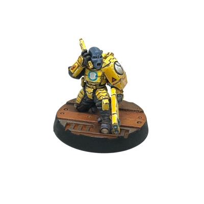Yellow T'au Kill Team Fire Warrior Comms Specialist
